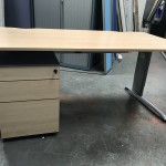 Maple rectangular workstation & pedestal